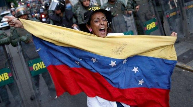Idiotas útiles de Venezuela