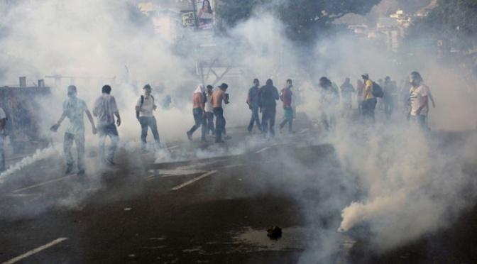 Venezuela. Jóvenes fueron golpeados y torturados con electricidad.