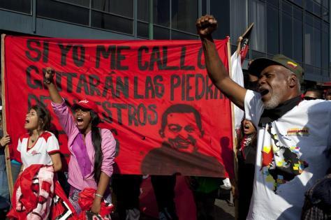 Partidarios del expresidente Hugo Chávez, el 20 de febrero en Caracas. Rodrigo Abd/AP